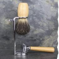 Kit de rasage fabriqué en France : Rasoir de sécurité, blaireau de rasage en poils de blaireau, serviteur en acier inoxydable