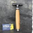 Rasoir de sûreté fabriqué en France - manche en cade et sa lame Titan