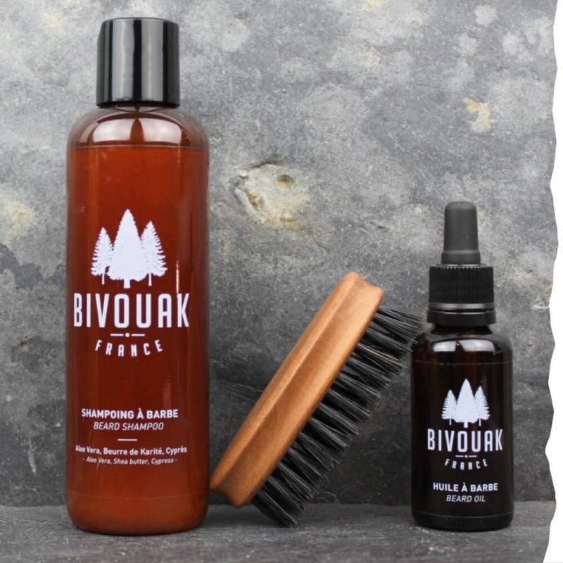Coffret cadeau bio homme barbu Bivouak : shampoing à barbe bio, huile à barbe bio, brosse pour barbe en poils de sanglier